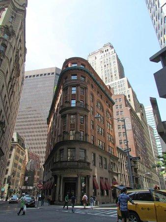 Wall Street Walks: Wall Street Walk 2