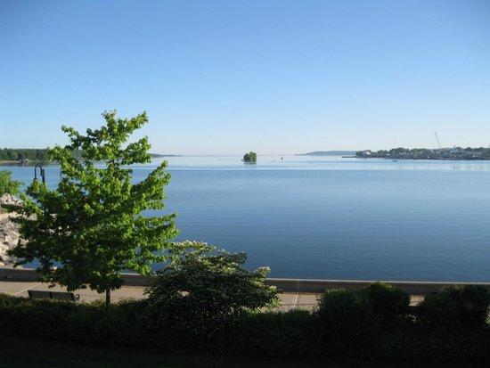 Bridgeport Resort: Afternoon view from balcony
