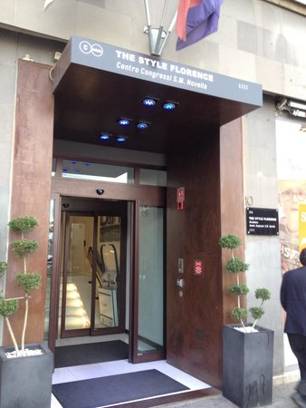 The Style Florence: Main entrance