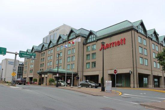 Halifax Marriott Harbourfront Hotel : отель