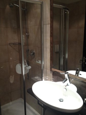 The Style Florence: Bathroom (you get 2)