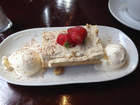 The Lotts Cafe Bar: postre generoso