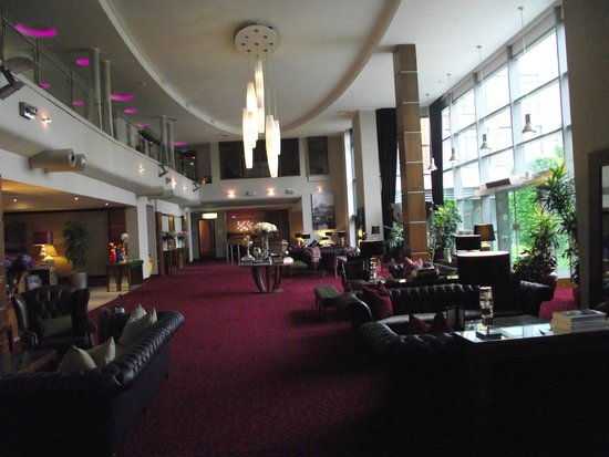 Cork International Hotel: Entry Foyer
