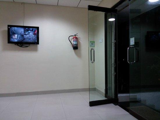 Hotel Gurjas: hall de entrada