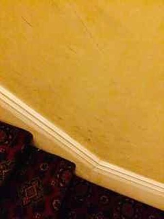 Devoncourt Resort & Apartments: Stairwell up to rooms