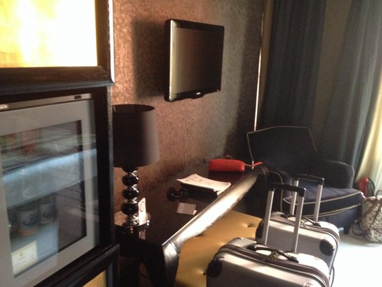 Carnival Palace Hotel: Bedroom