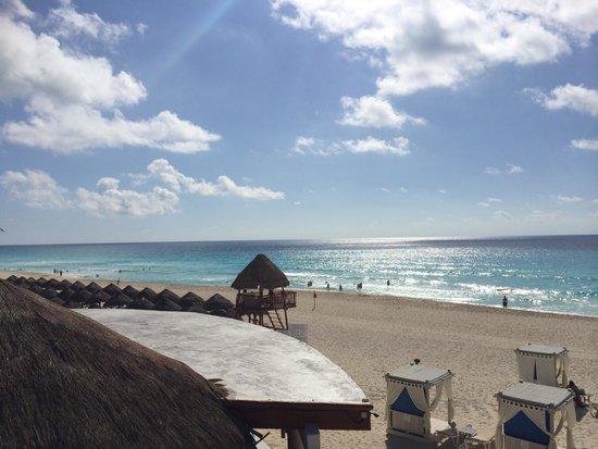 Omni Cancun Resort & Villas: Omni hotel / beach