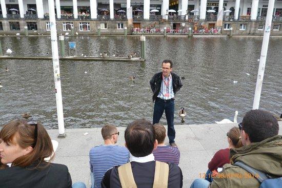 SANDEMANs NEW Europe - Hamburg: ΑΡΧΗ ΞΕΝΑΓΗΣΗΣ