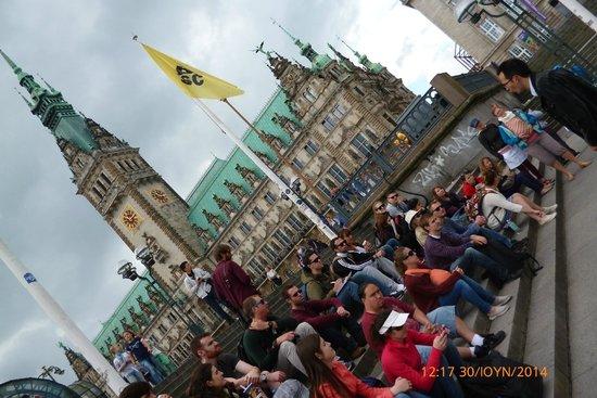 SANDEMANs NEW Europe - Hamburg: ΣΤΗΝ ΠΛΑΤΕΙΑ