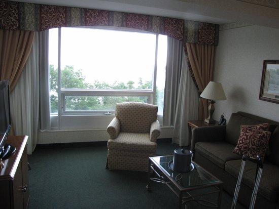 Niagara Falls Marriott Fallsview Hotel & Spa: Bonus - Sun room