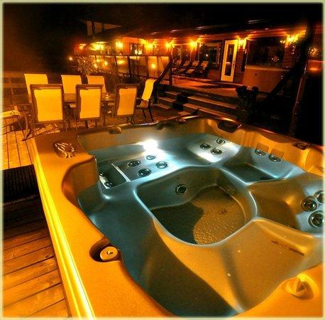 Auberge Castello: Section spa privée pour votre groupe