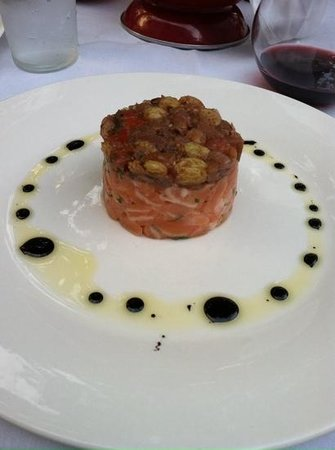 D'Floret Restaurant : salmon Tartar