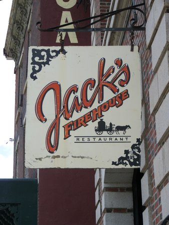 Jack's Firehouse: The sign