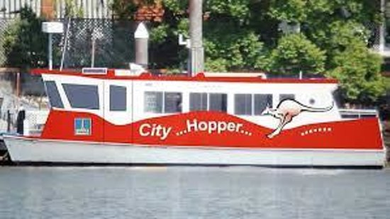 Bridgewater Apartments: Free City Hopper = Ferry services