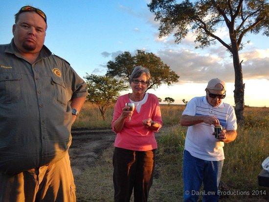 Tydon Safari Camp: Sundowner at Sabi Sands