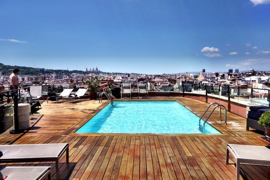 Hotel 1898: The roof top pool