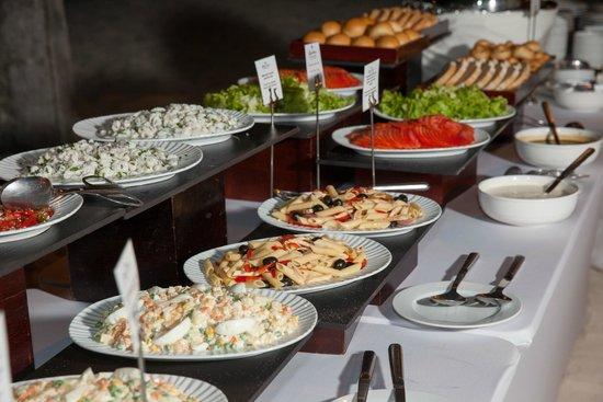 Paradisus Palma Real Golf & Spa Resort : Reception Buffet