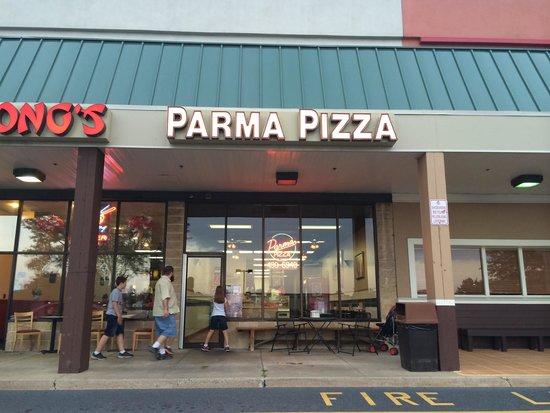 Potsy Pizza: Front