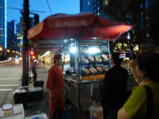 Sutton Place Hotel Vancouver : Japadog just outside the hotel entrance - Shrimp dog was delicious