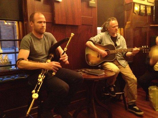 Traditional Irish Musical Pub Crawl : Loved the traditional music