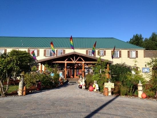 Historic Anchor Inn: front entrance