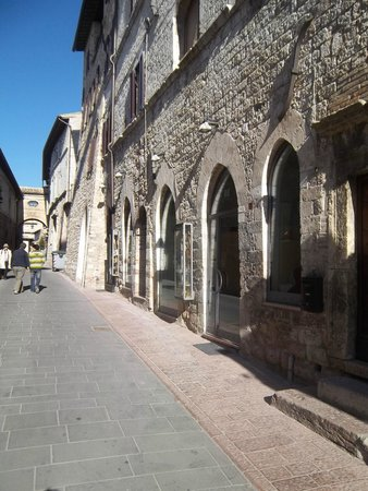 Casa Papa Giovanni : The walk back to Casa Papa Giovani.