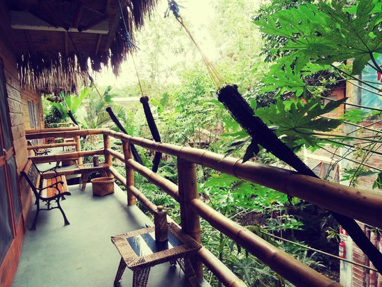 Bromelia Nature Lodge Retreat / Healing Center: Bromelia