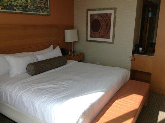 Greektown Casino Hotel: Bed