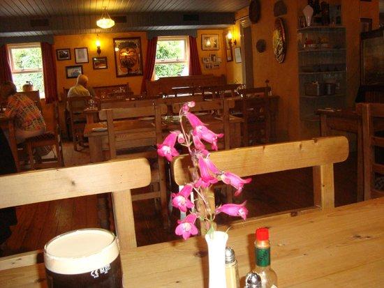 Morans Oyster Cottage : Dining room