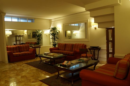 Hotel Modigliani: Lounge and computer