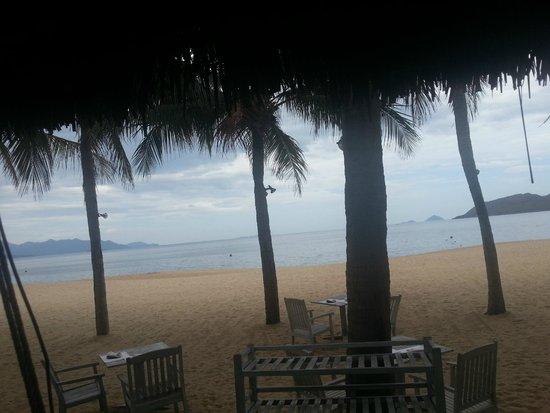 Evason Ana Mandara Nha Trang : View from the beach restaurant