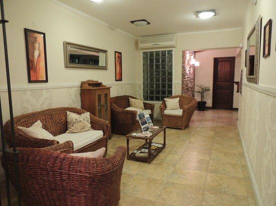 Ayres Hotel: 2
