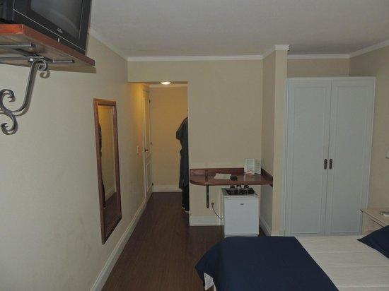Ayres Hotel: 4