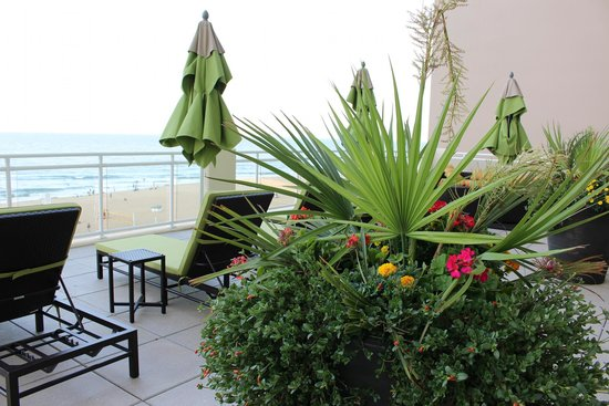 Hilton Garden Inn Virginia Beach Oceanfront: 3rd floor veranda