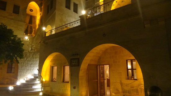 Tafoni Houses: part of hotel at night