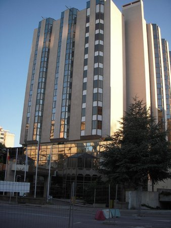 Crowne Plaza Porto: ホテル外観