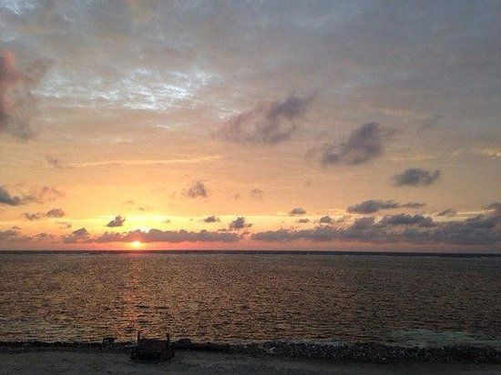 Maafushi Inn: рассвет