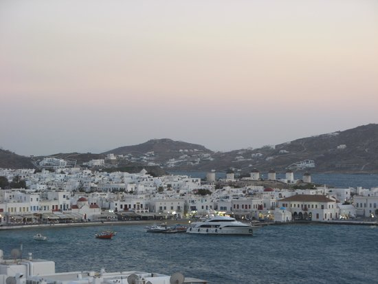 Porto Mykonos Hotel: View of town from hotel - day