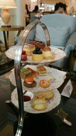 The Ritz-Carlton, Beijing : Tea in the Lounge