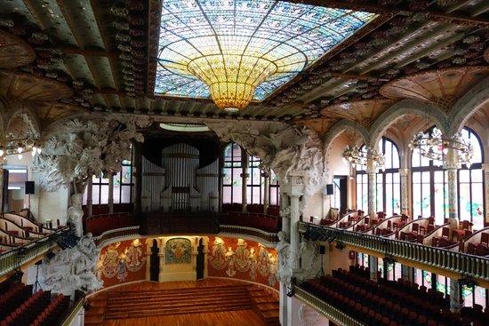 Barcelona Guide Bureau - Day Tours: Opera