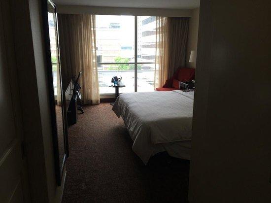 Sheraton Atlanta Hotel: King room standard