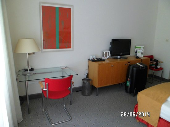 Holiday Inn Berlin City-West: habitación