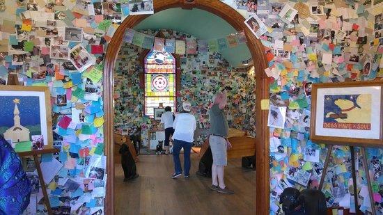 The Dog Chapel: Entrance