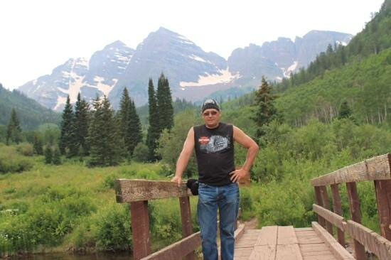 Maroon Bells : at the wilderness edge