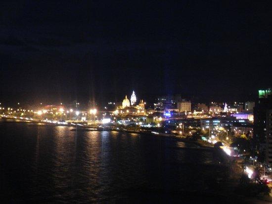 Decameron Cartagena : Vista nocturna desde el hotel