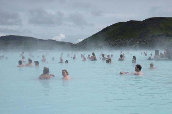 Blue Lagoon Iceland: A nice morning bath