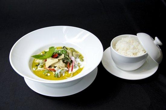 Bistro M - Chidlom: Green Curry