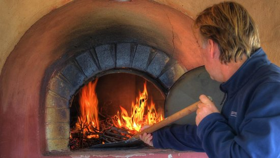 Ingenia Holidays Hunter Valley: Wood fired pizza oven
