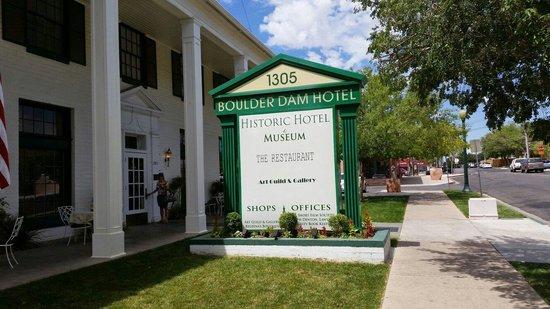 Boulder City/Hoover Dam Museum : Здесь можно поучиться делать музеи