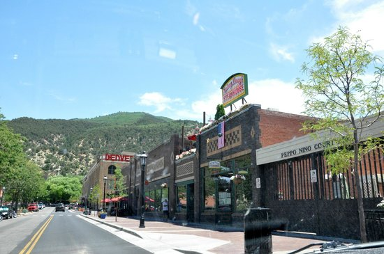 Frontier Historical Museum: Site of Original Tent City in Glenwood Springs, CO